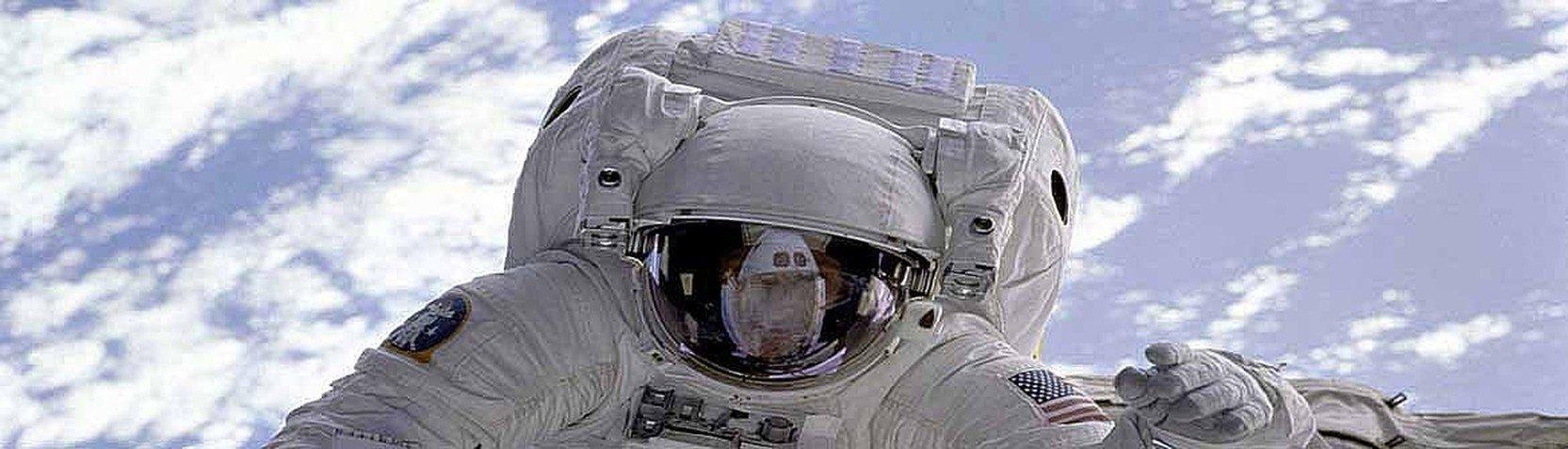Fotografi - Fotografier av verdensrommet